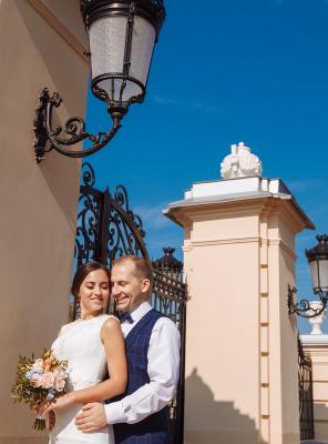 Валентин и Анастасия